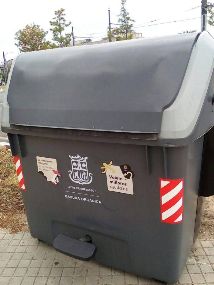 """Els quasi 340 contenidors de Burjassot, també té missatge dins de la campanya """"Volem millorar, ajuda'ns"""""""