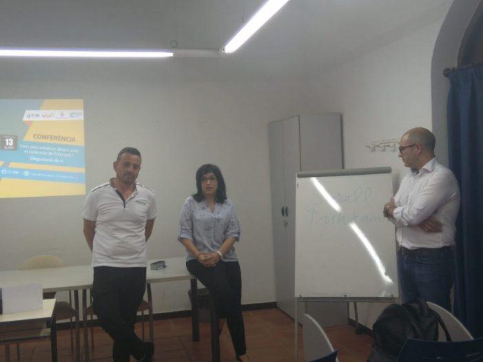 Isabel Aguilar i Ivan Martínez es reuneixen amb l'hostaleria per impulsar el 'tardeo' a Alzira
