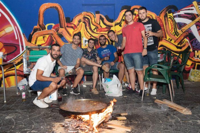 El multitudinario concurso de paellas de Mislata marca el inicio de sus fiestas