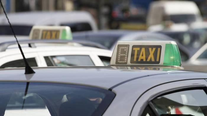 El Consell refon en un únic text la regulació de les tarifes dels taxis de l'àrea de prestació conjunta de València per a 2018