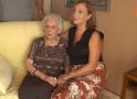 La centenaria Encara Gomar, veïna de Les Palmeres és molt feliç als seus anys
