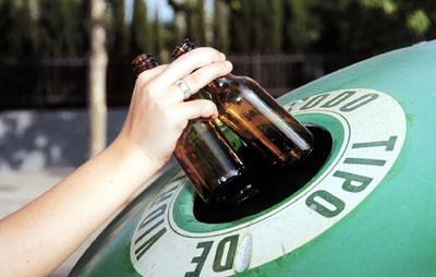Cullera incrementa un 16 % el reciclatge de vidre