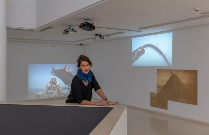 L'artista Anna Malagrida presenta a l'IVAM la seua exposició 'El pes de les cendres'