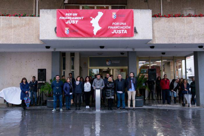 L'Ajuntament de Mislata s'unix a la concentració per un finançament just