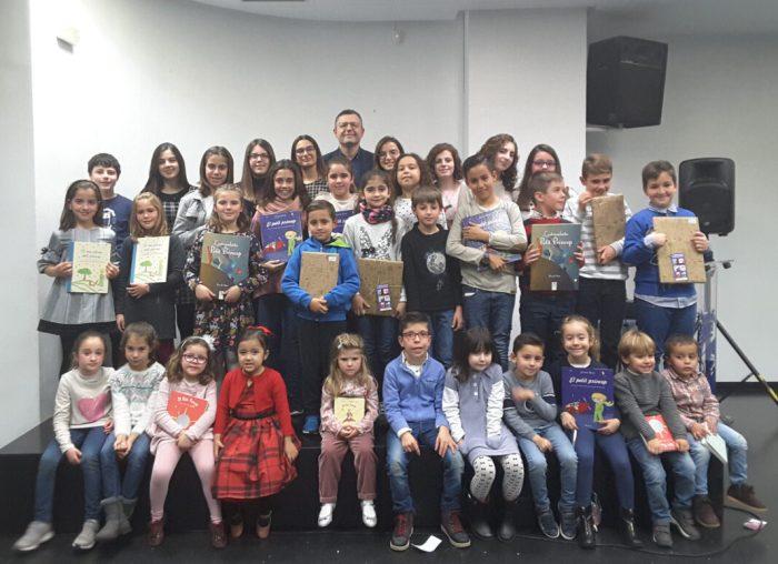 Almussafes entrega els premis del concurs de dibuixos del seu calendari municipal de 2019
