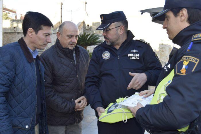 La Policia Local de Burjassot incorpora tres desfibril·ladors als seus nous cotxes patrulla