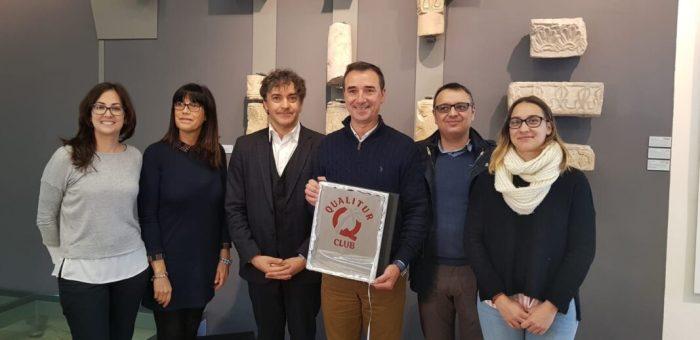 Colomer entrega la Q de Qualitat Turística al Mupla-Museu Visigot de Pla de Nadal de Riba-roja de Túria