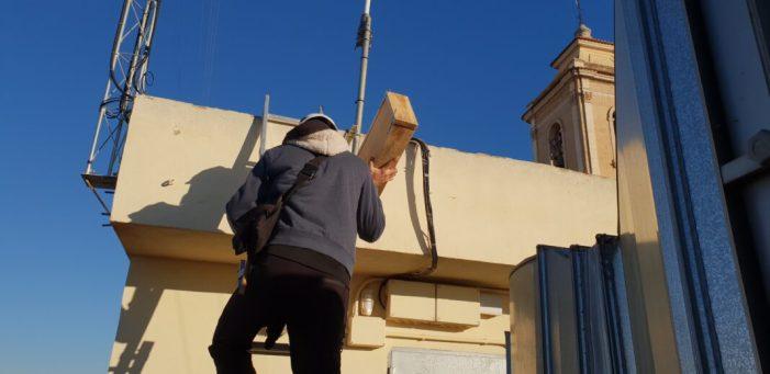 Carlet instal·la 22 cases nius de rates penades en edificis municipals