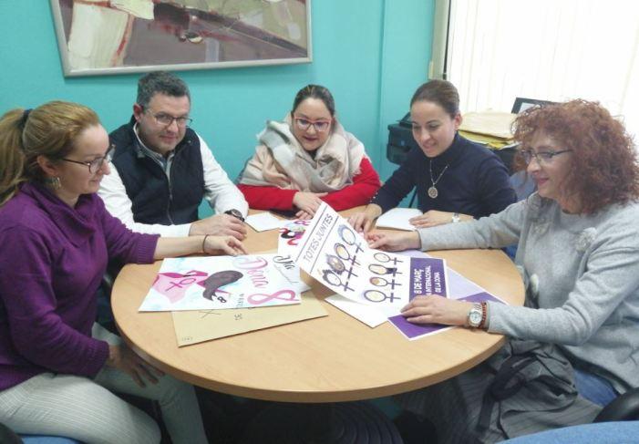 Mar Martínez Sansaloni guanya el X Concurs de Cartells del Dia de la Dona d'Almussafes