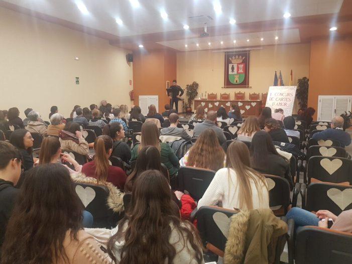 """Benifaió entrega els premis de la primera edició del Concurs """"Cartes d'amor"""""""