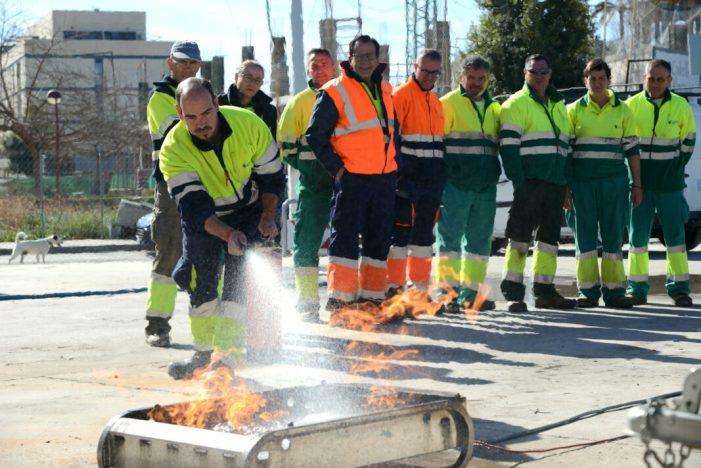 La plantilla de l'empresa pública de Paiporta ESPAI es forma en emergències i extinció de conats d'incendi