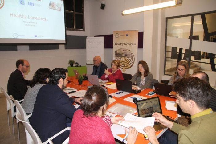 La UPV i Les Naus inicien un projecte per a detectar i afrontar la soledat de les persones majors de València