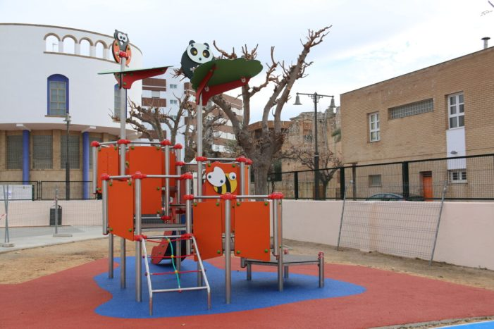 L'Ajuntament de l'Alcúdia realitza intervencions per a la millora dels espais educatius