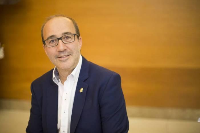 L'alcalde d'Alzira desmenteix que el govern municipal haja obligat a retirar cap publicitat de l'espai de la mascletà