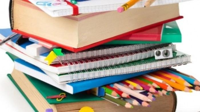 L'Ajuntament obri el termini per a sol·licitar les subvencions de material escolar per a l'alumnat d'Alzira