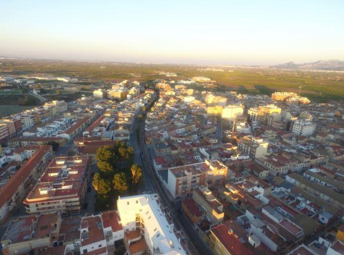 L'Ajuntament d'Alberic redueix un 95% les plusvàlues urbanes per a abaratir les herències a les famílies