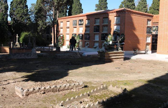 El Cementeri Municipal de Sueca busca alliberar espai per a la creació de nous nínxols