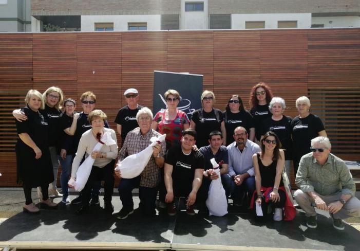 Més de 150 persones es van donar cita en el concurs d'Arròs al Forn a Almussafes