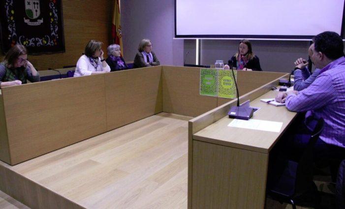 Es netegen els embornals i col·lectors de Godella davant l'amenaça de fortes pluges