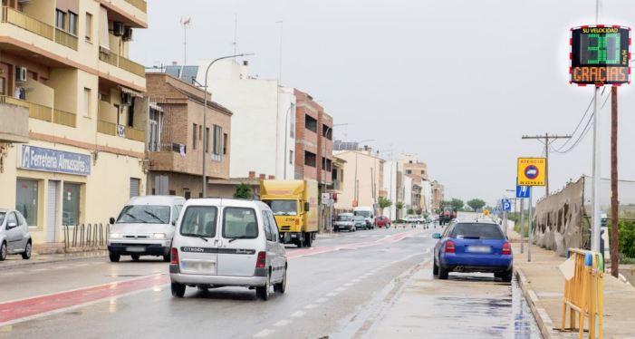 Almussafes instal·la dos radars pedagògics per a reduir la velocitat en la ronda Síndic Antoni Albuixech