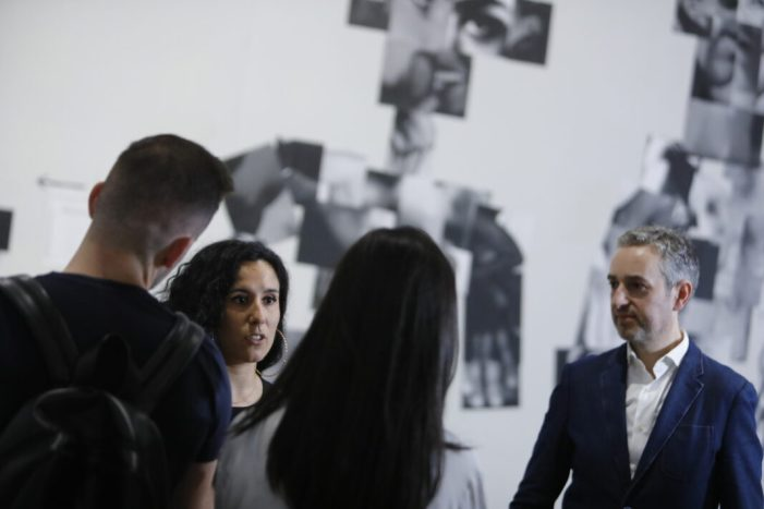 El Centre del Carme analitza la imatge pornogràfica de la mà d'Andrea Corrales