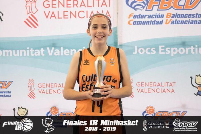 L'almussafenya Marta Iborra, subcampiona d'Espanya Aleví amb el València Basket