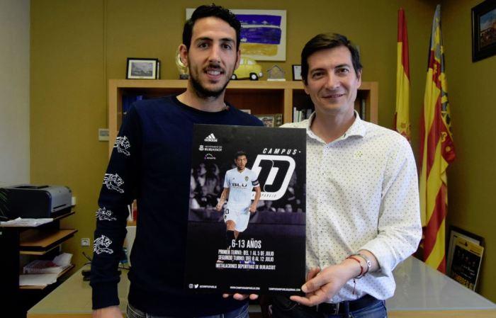 Burjassot acollirà el Campus de Futbol de Dani Parejo aquest mes de Juliol