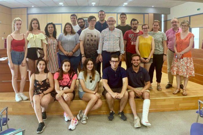19 estudiants comencen les seues pràctiques a Alboraia amb La Dipu te Beca 2019