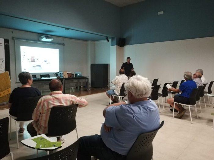 L'Ajuntament de Carcaixent tanca les xerrades sobre el mosquit tigre amb una reunió amb el sector agrícola
