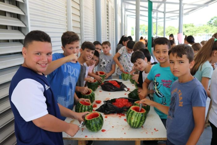 """Els xiquets i xiquetes d'Albal es preparen per a la nit del """"Sereno"""" de les Festes"""