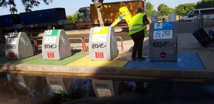 Alfafar realitza una neteja de grafitis en espais públics
