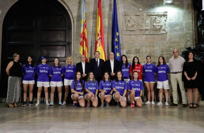 """Ximo Puig aposta per donar visibilitat a la pilota com """"l'esport valencià per excel·lència"""" i reforçar la presència femenina"""
