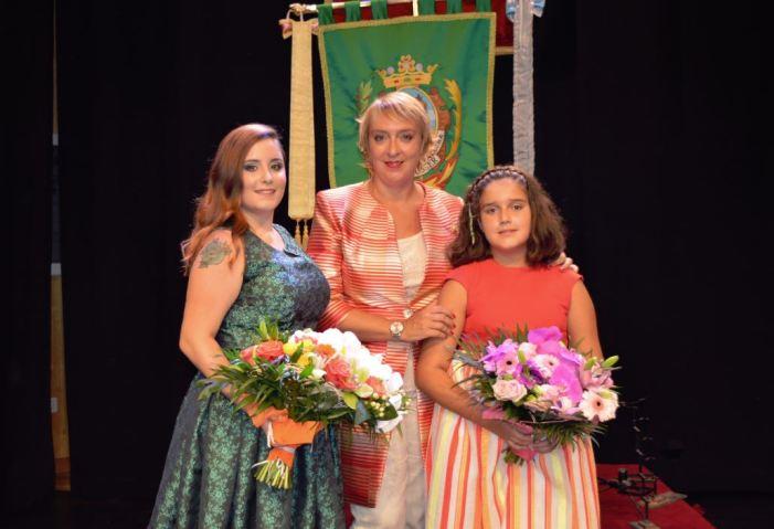 La xiqueta Vera Díez-Madroñero Macías i la senyoreta Alba Gómez Giménez triades Falleres Majors de Benetússer 2020