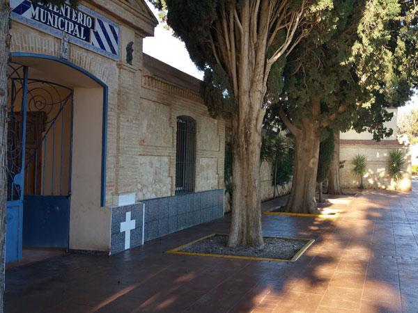 L'Ajuntament de Benifaió àmplia el servei gratuït de trasllat al cementeri per la festivitat de Tots els Sants