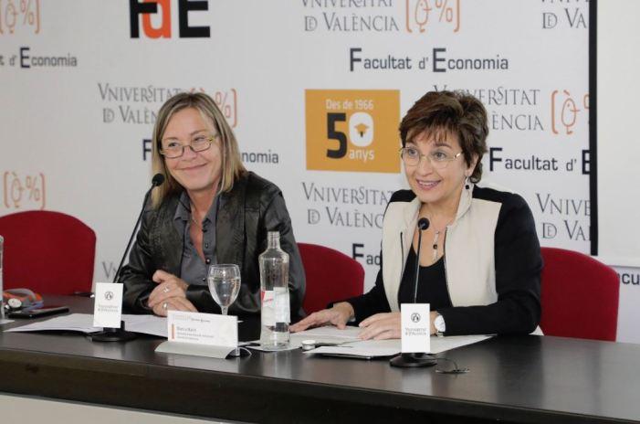La secretària autonòmica de Comunicació, Blanca Marín, clausura la jornada 'València capital mundial del disseny 2022. I ara què?'