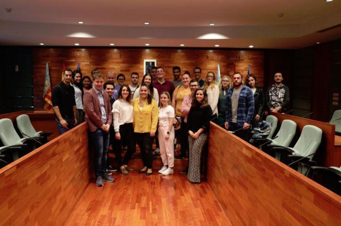 L'Ajuntament de Torrent contracta a 23 joves dins dels programes EMPUJU I EMCUJU