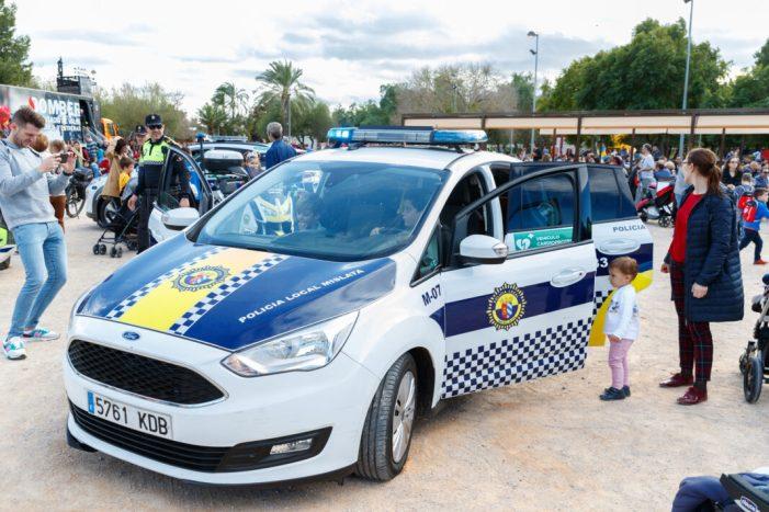 La Policia Local obri les seues portes per a promocionar la seguretat ciutadana al públic familiar