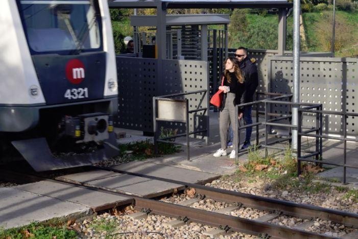 L'estació de Paiporta de Metrovalencia augmenta en un any un 12,33% el nombre de viatgers gràcies al nou control d'accés automàtic