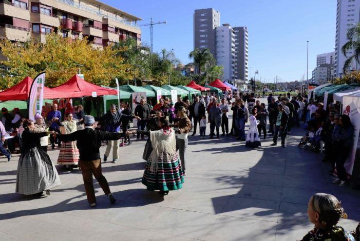 La solidaritat va estar molt present a Torrent en l'II Dia del Voluntariat