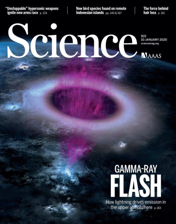 Una recerca sobre fenòmens atmosfèrics violents coliderada per la Universitat de València, portada de la revista Science de gener