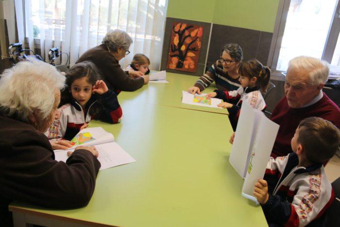 Projecte intergeneracional entre Infantil del col·legi Sant Andreu i Centre de dia de Majors