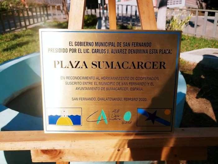 El Salvador homenatja a Sumacàrcer per la seua cooperació internacional