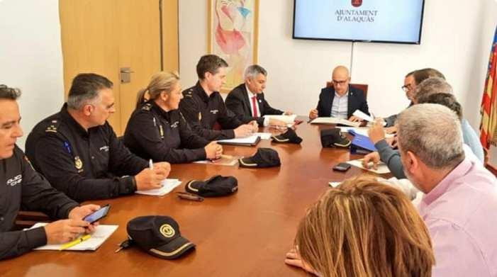 L'Alcalde d'Alaquàs Toni Saura reunia ahir dilluns a la Junta Local de Seguretat per tal de coordinar les festes falleres 2020