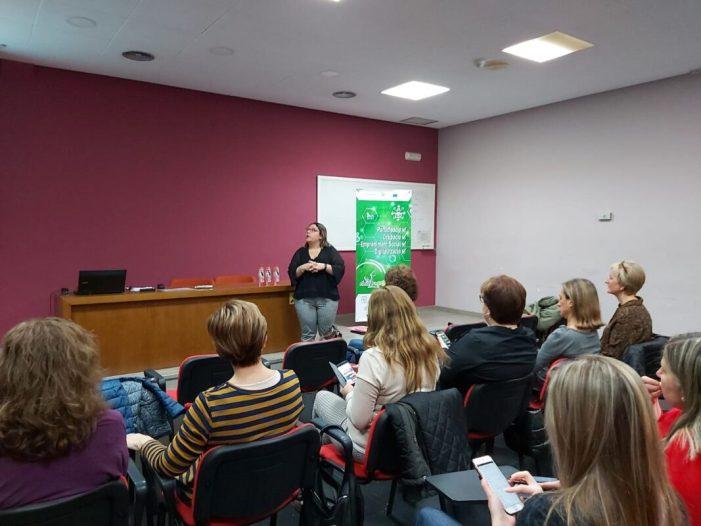 Les empreses almussafenyes aprenen a digitalitzar el seu màrqueting gràcies a un taller del Consorci de la Ribera