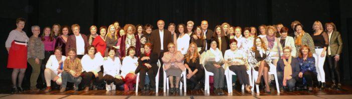 """Alginet presenta el llibre """"Més de 50 dones d'Alginet"""
