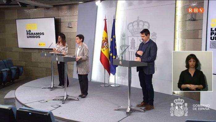 La Ministra d'Assumptes exteriors transmet un missatge  als espanyols que es troben fora del país