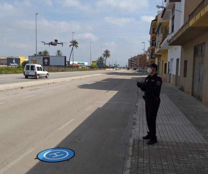 La Policia Local d'Alberic controla amb drons el compliment del confinament contra el Coronavirus