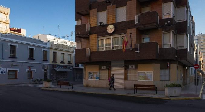 L'Ajuntament del Perelló subvenciona  les despeses derivades de la instal·lació de mesures preventives en negocis amb atenció al públic