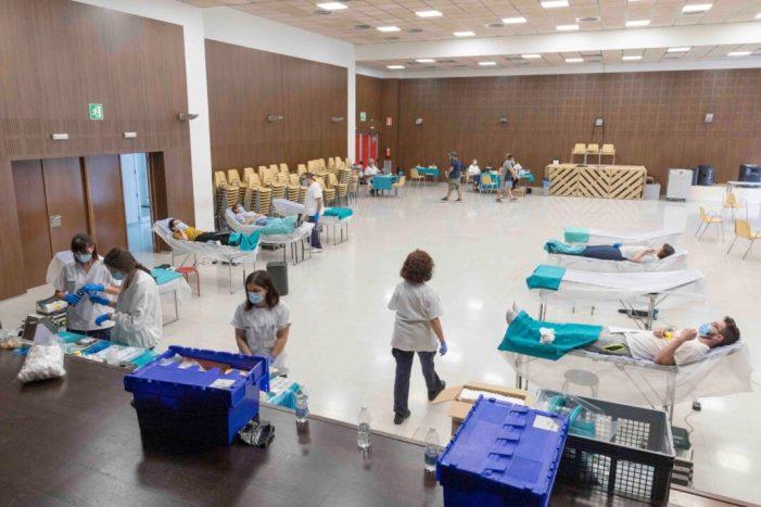53 persones s'acostaren a donar sang en la jornada de divendres 8 de maig a Picassent