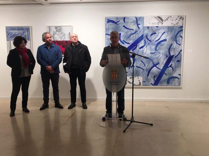 La Casa de la Cultura d'Alzira reobri l'exposició de Vicent Marco, Els límits de la mirada